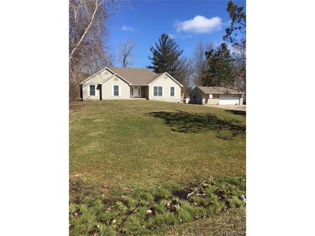 8899 SPEEDWAY DR, Shelby Twp, MI 48317