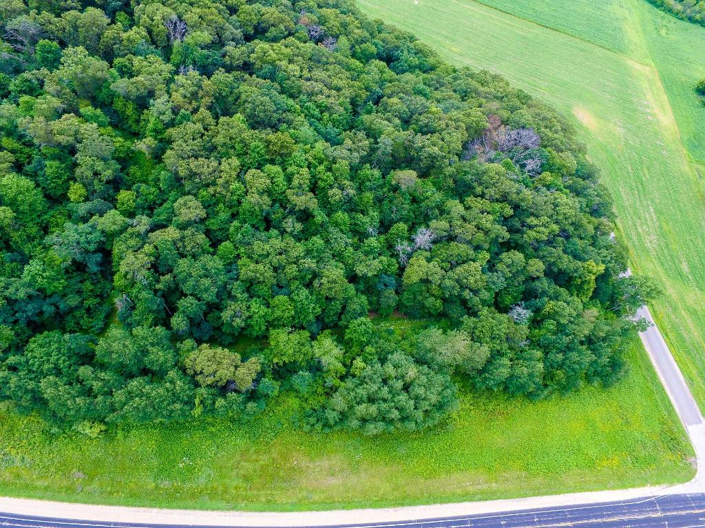 Hwy V, Albion Twp, WI 54738