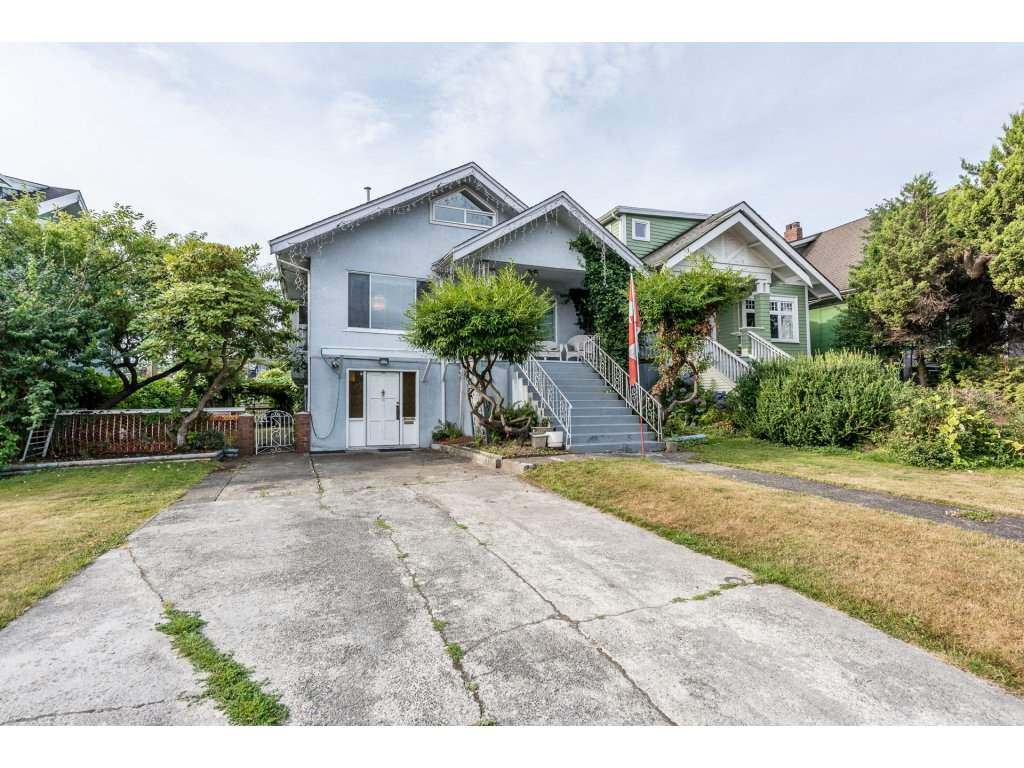 2816 TRINITY STREET, Vancouver, BC V5K 1E9
