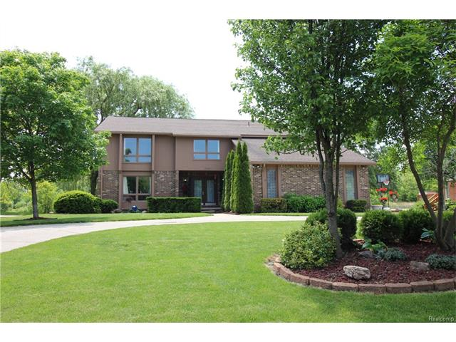 2943 BRENTWOOD Road, West Bloomfield Twp, MI 48323