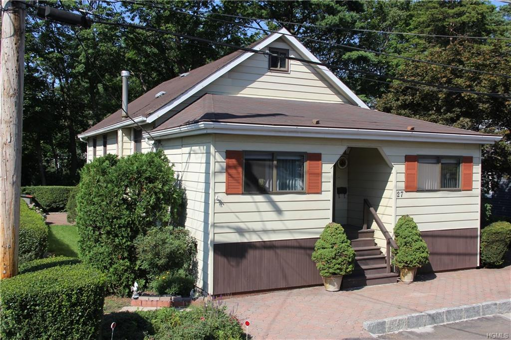 27 Ridgeland Terrace, Rye, NY 10580