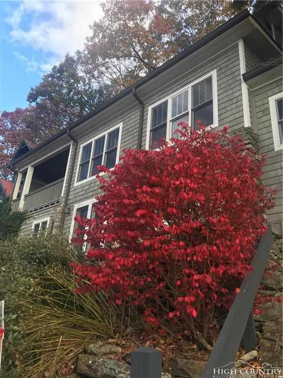289 Buxton Road, Blowing Rock, NC 28605