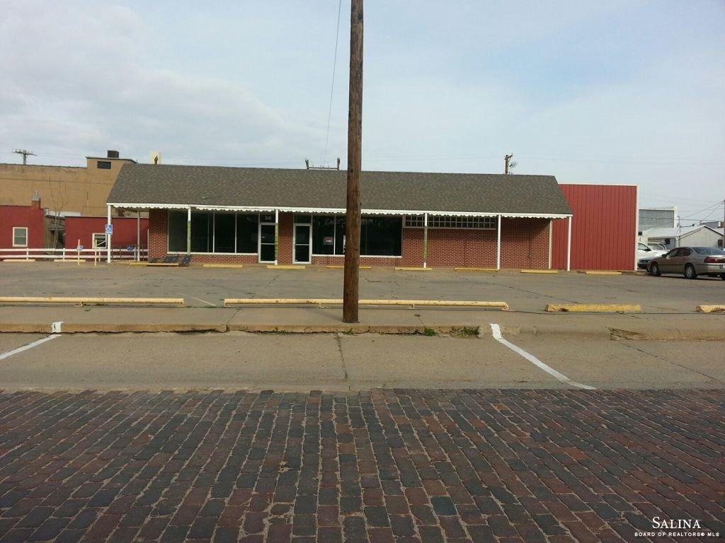 210 N Lincoln Street, Ellsworth, KS 67439