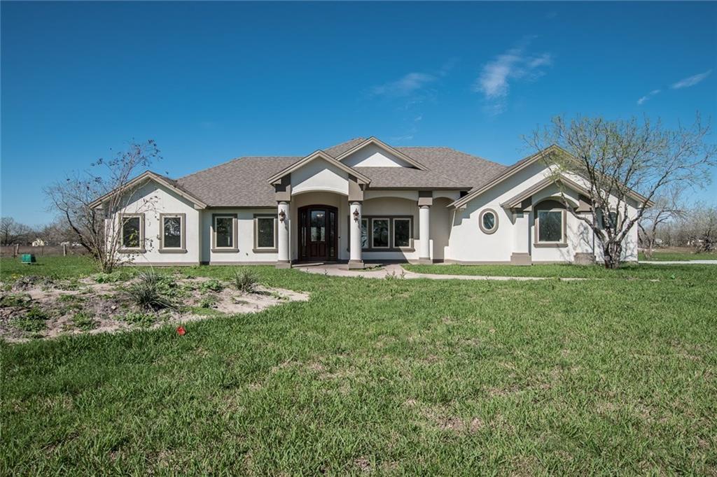 5778 Grand Lakes Circ, Robstown, TX 78380