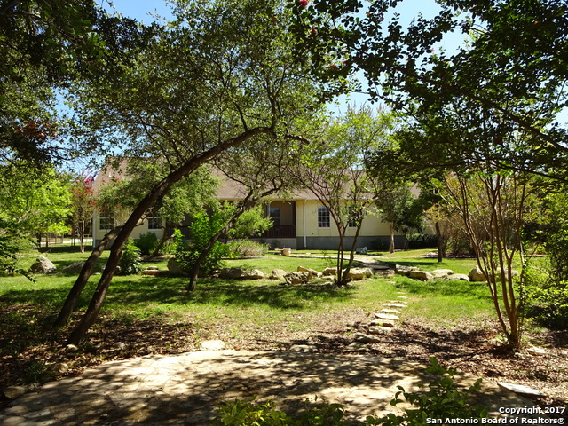 25827 WHITE EAGLE DR, San Antonio, TX 78260