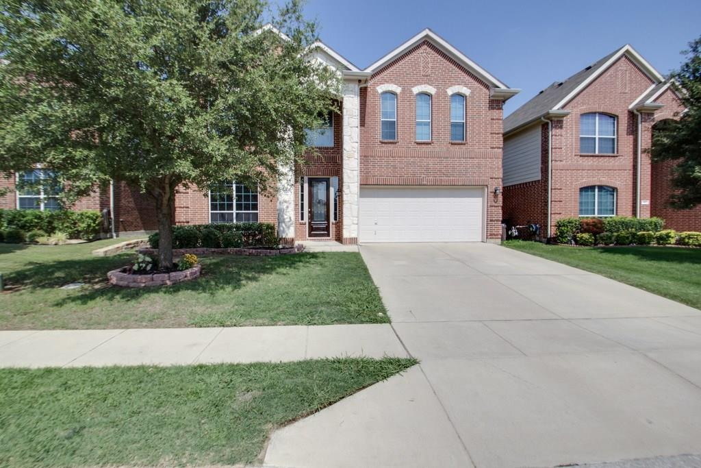 9816 Gessner Drive, Fort Worth, TX 76244