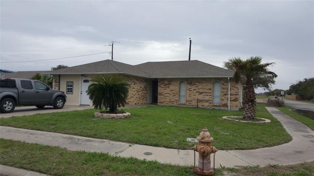 102 Spoonbill Ave, Aransas Pass, TX 78336
