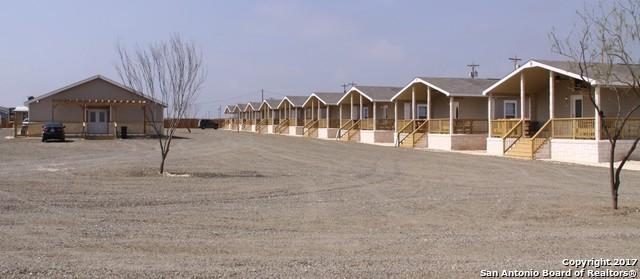 150 Service Company Rd, Carrizo Springs, TX 78834