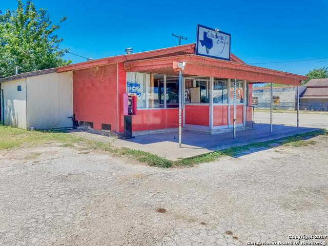 408 JOURDANTON AVE, Charlotte, TX 78011