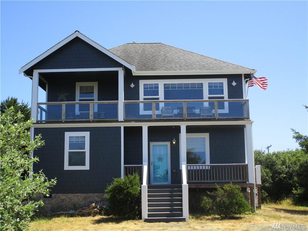 126 Sand Dune Ave NW, Ocean Shores, WA 98569