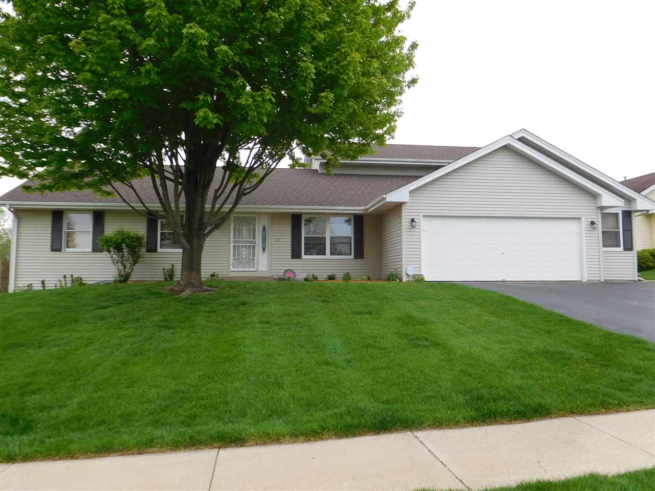 4944 Markell Lane, CHERRY VALLEY, IL 61016