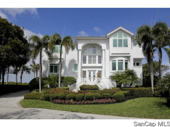 17045 Marina Cove Ln, Fort Myers, FL 33908