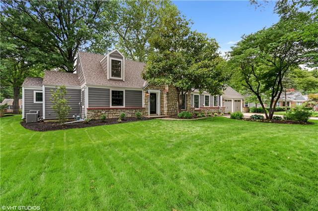 9408 Manor Road, Leawood, KS 66206