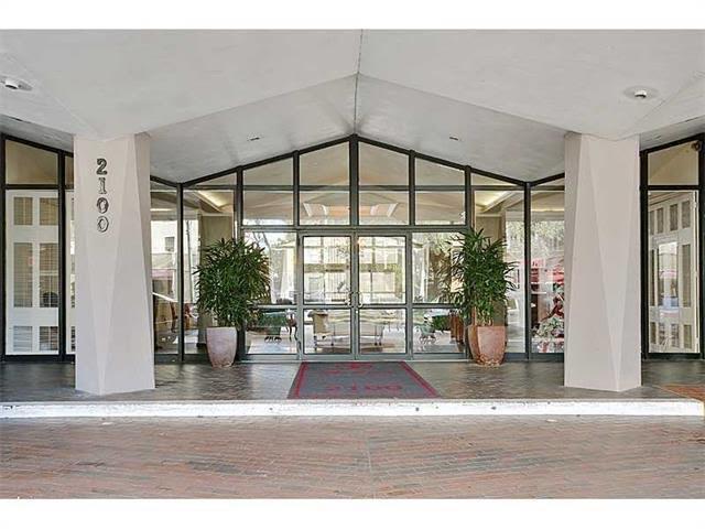 2100 ST CHARLES Avenue 4M-N, New Orleans, LA 70130
