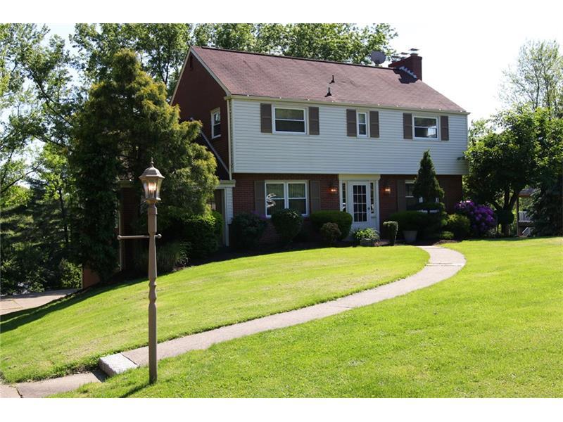 117 W Edgewood Dr, Canonsburg, PA 15317