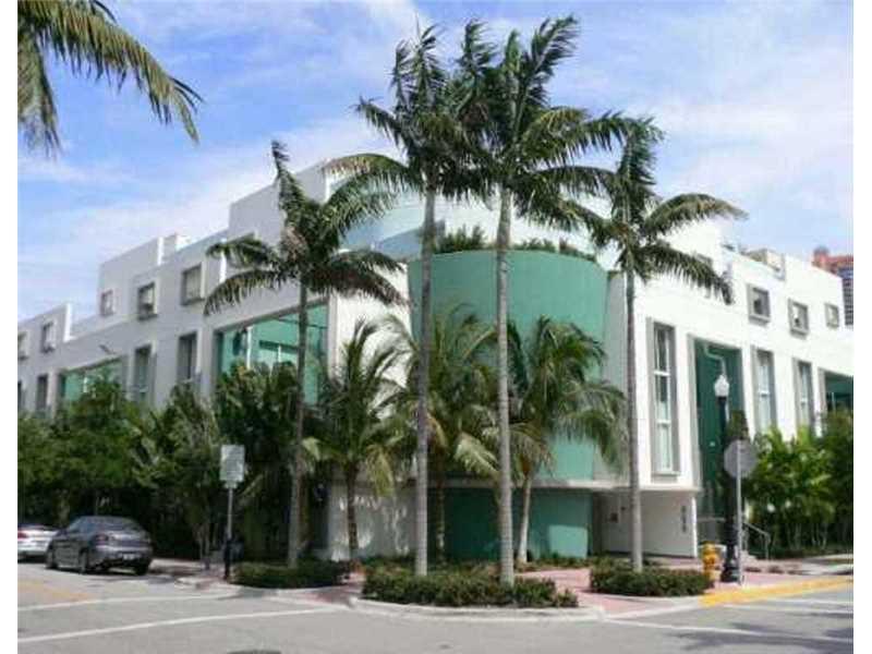 828 3rd St 205, Miami Beach, FL 33139