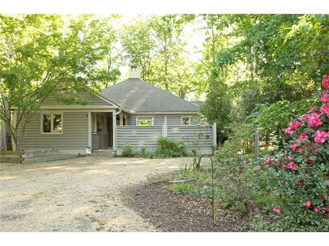 257 Cottage Lane, Irvington, VA 22480