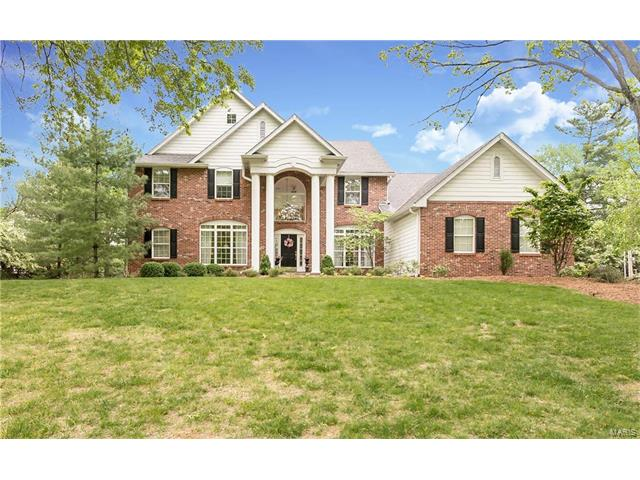854 Revere Drive, Town and Country, MO 63141