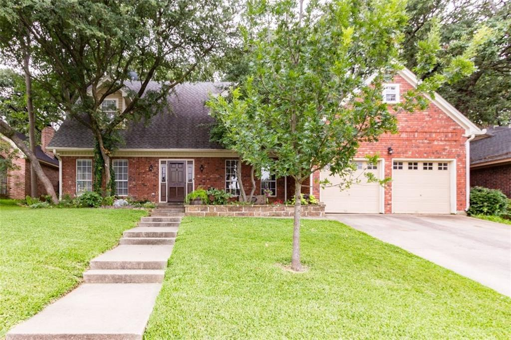 2157 Steeplewood Drive, Grapevine, TX 76051