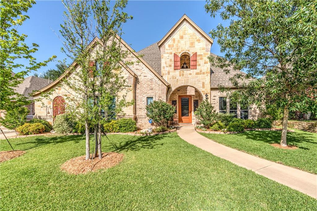 2212 Farrington Lane, Hurst, TX 76054