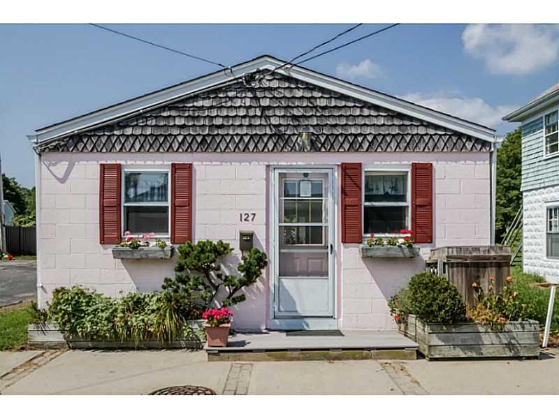 127 BOON ST, Narragansett, RI 02882