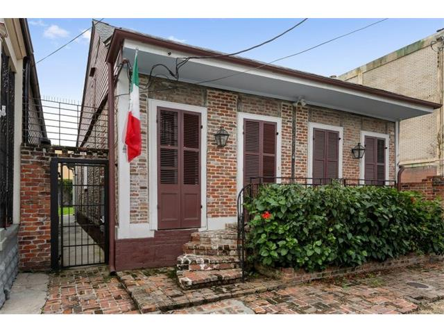 1927 DAUPHINE Street, New Orleans, LA 70116
