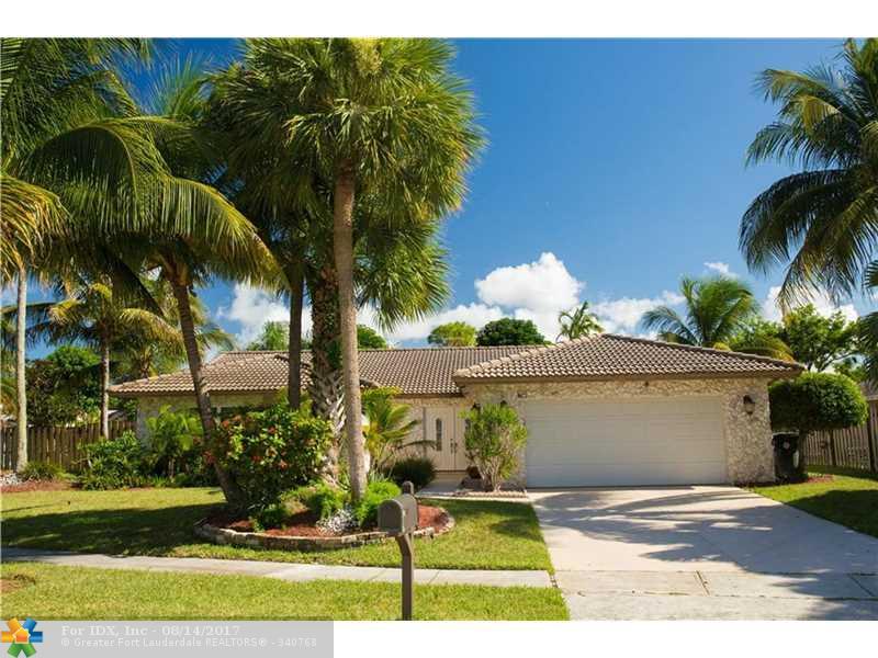 1574 SW 2nd St, Boca Raton, FL 33486