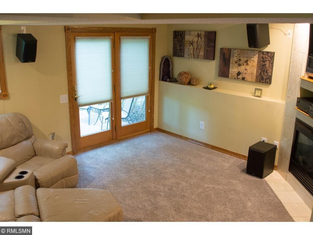 8433 Hiawatha Avenue, Eden Prairie, MN 55347