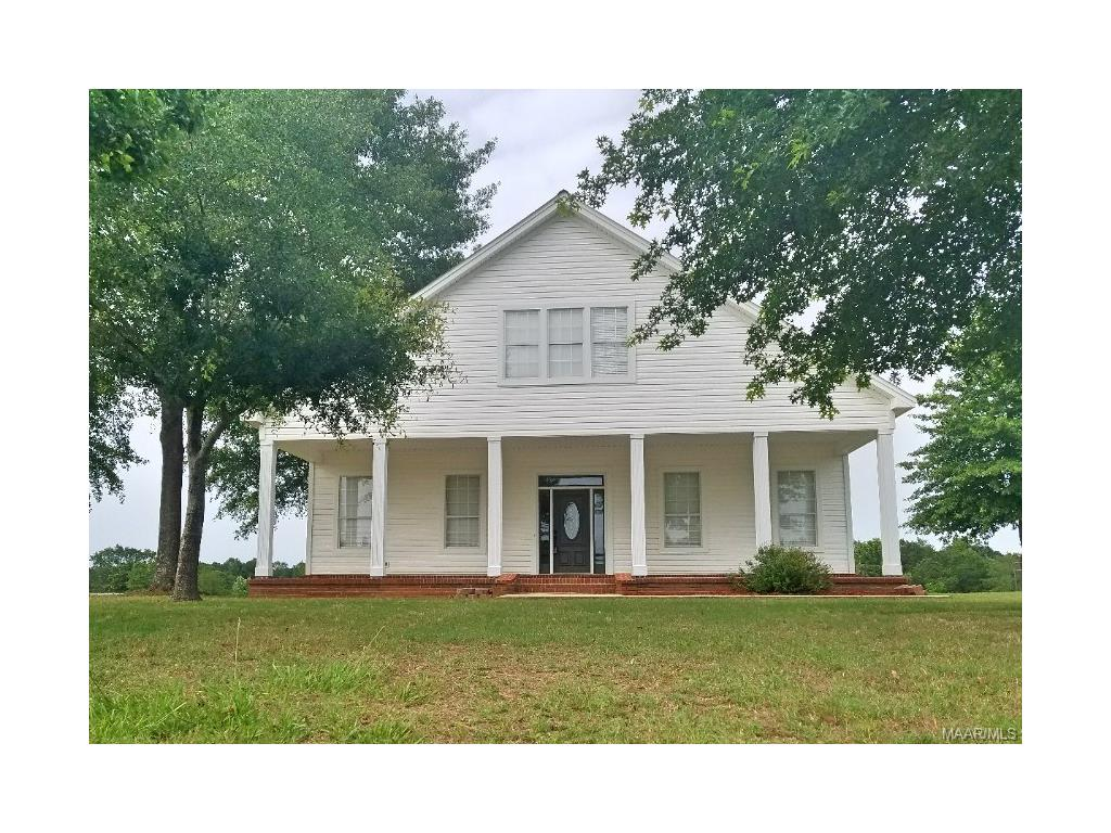 2200 Lightwood Road, Deatsville, AL 36022