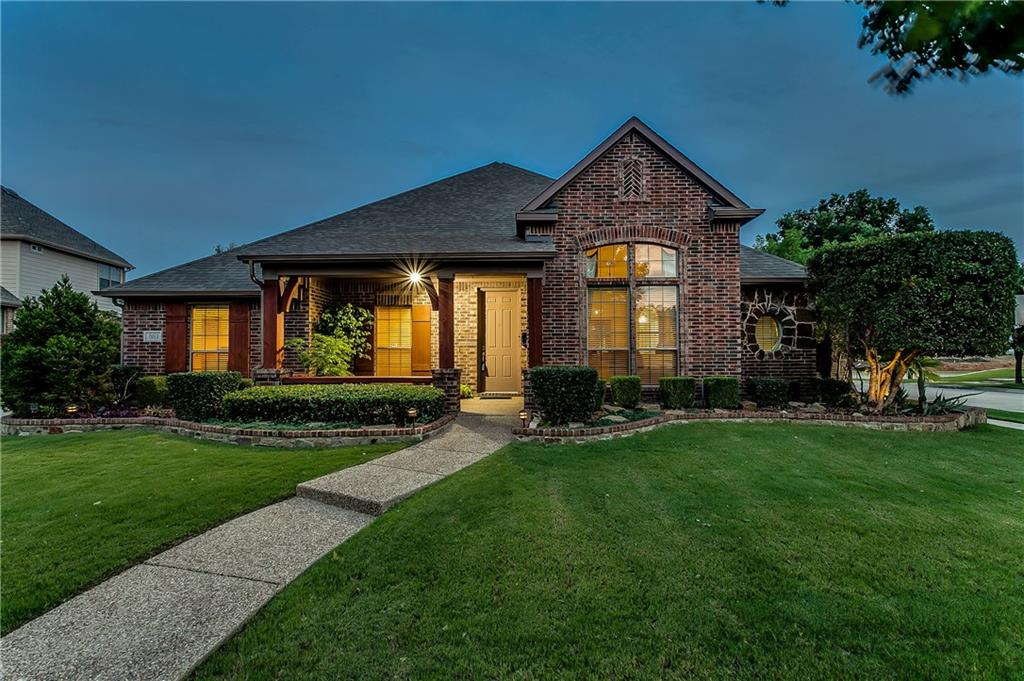 881 Winchester Drive, Lewisville, TX 75056