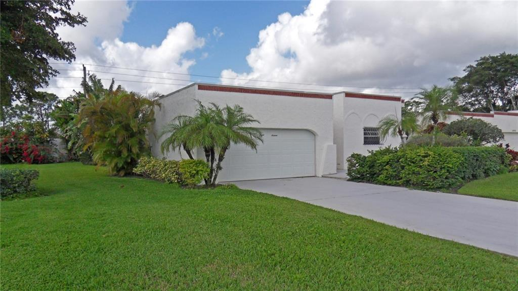 2816 SE Fairway West 1-4, Stuart, FL 34997