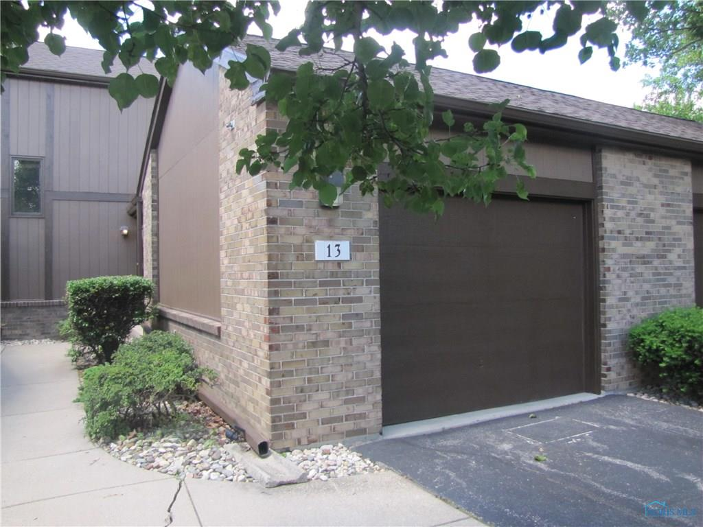 13 Parkview Drive, Perrysburg, OH 43551