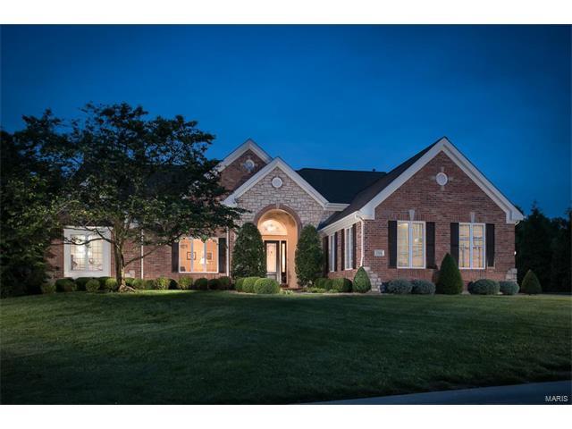 17654 Vintage Oak Drive, Wildwood, MO 63038