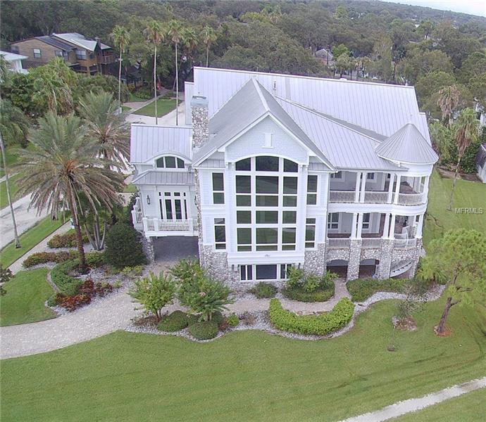 615 MARYLAND AVENUE, CRYSTAL BEACH, FL 34681