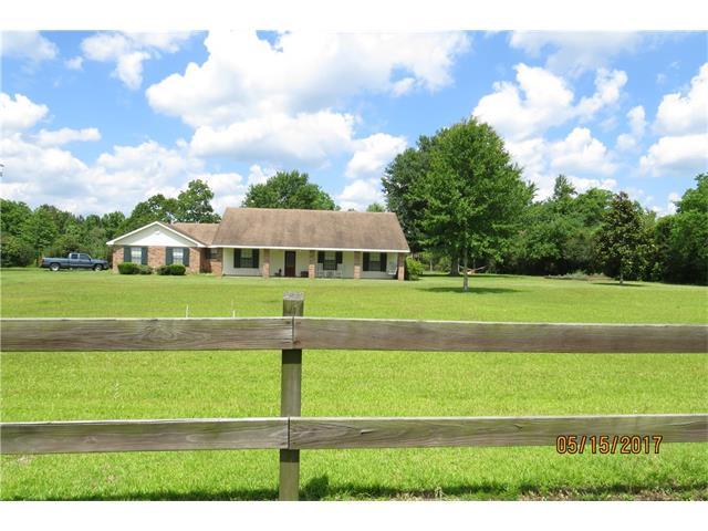 38 SUNFLOWER Lane, Carriere, MS 39426