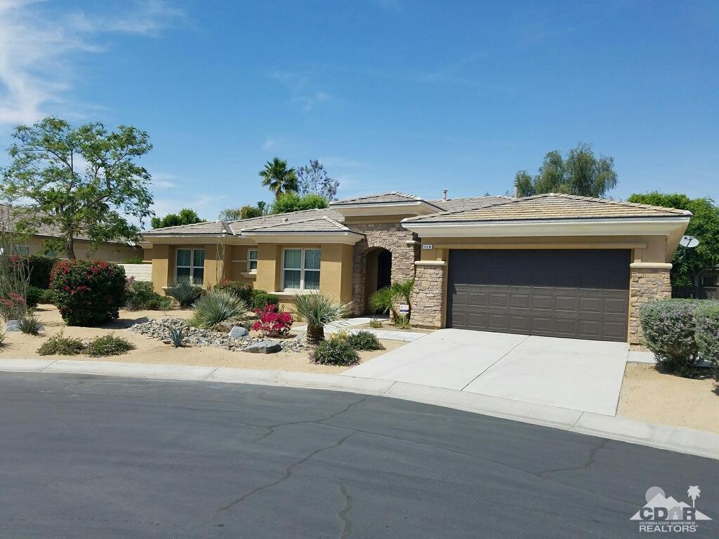 118 Brenna Lane, Palm Desert, CA 92211