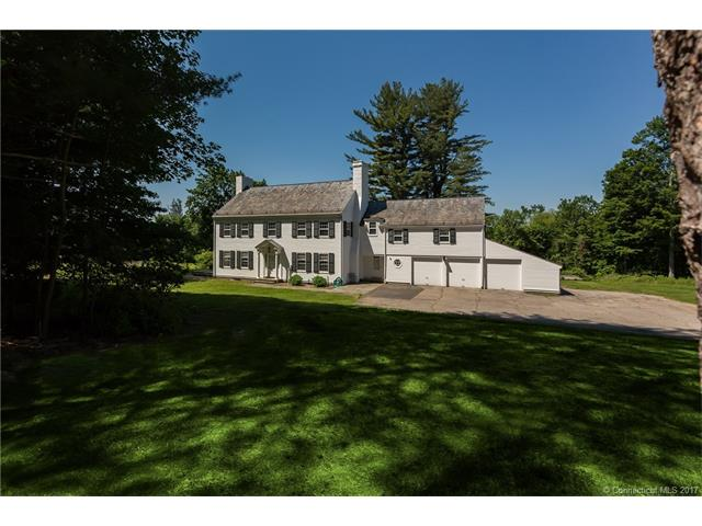 341 Three Mile Hill Rd, Middlebury, CT 06762