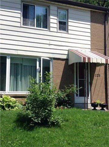 123 Chelwood Rd, Toronto, ON M1K 2K5