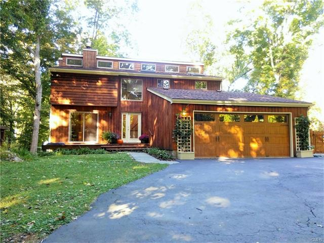 328 Mountain Road, Ridgefield, CT 06877