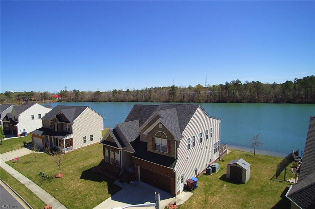 4017 GRAND ISLE DR, Chesapeake, VA 23323