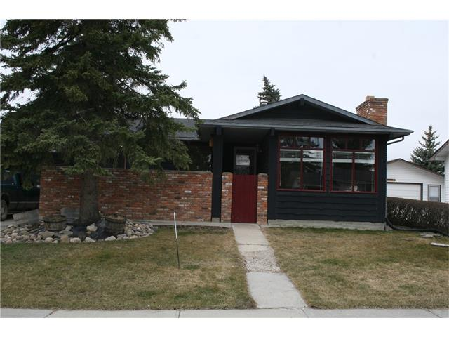 1722 ATHABASCA Street, Crossfield, AB T0M 0S0