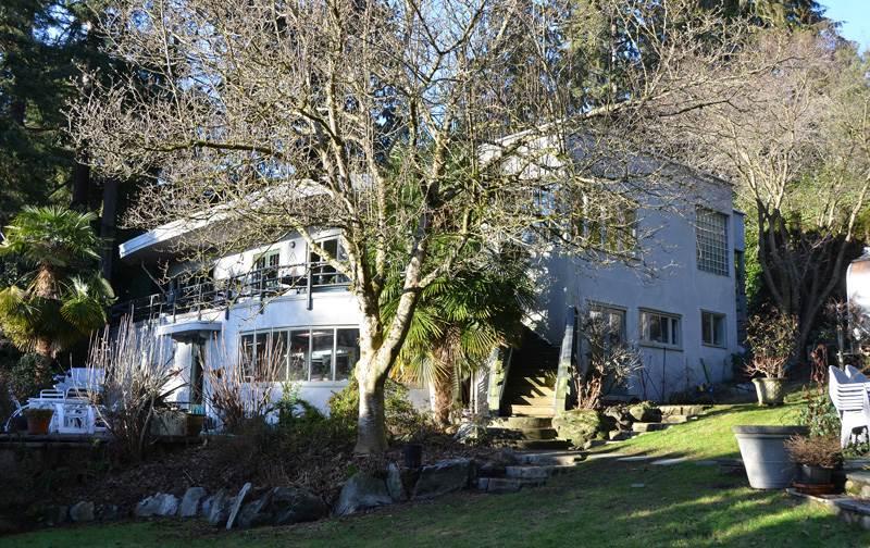 2909 MATHERS AVENUE, West Vancouver, BC V7V 2J7