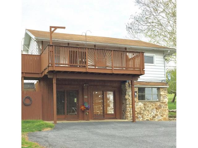 204 N Best Avenue, Walnutport Borough, PA 18088