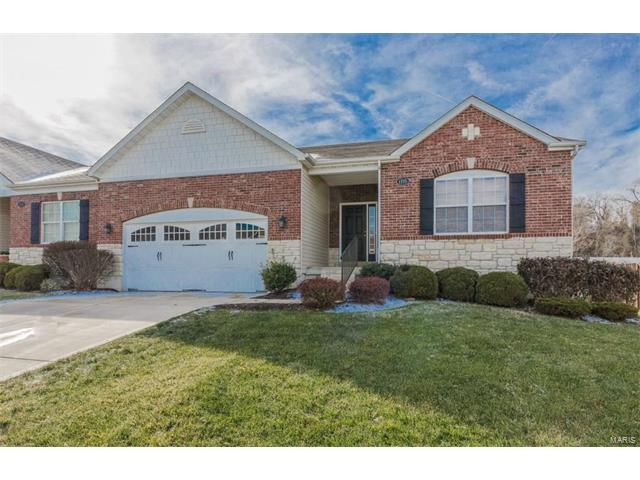 1715 Ridgemont Court, Chesterfield, MO 63146