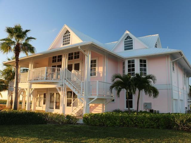 DEEP WATER CANAL HOME, Grand Bahama/Freeport,  00008