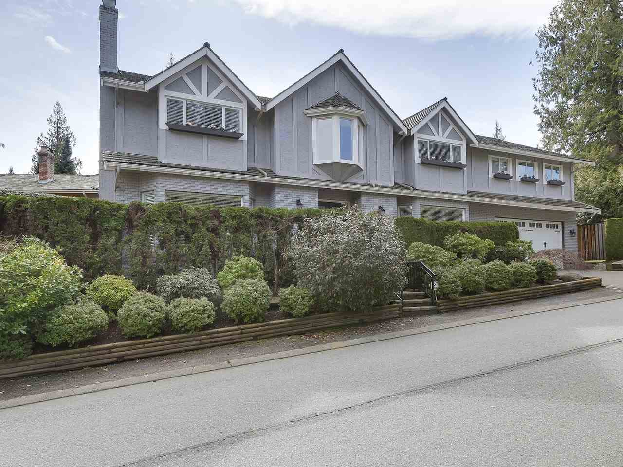 5220 SPRUCEFEILD ROAD, West Vancouver, BC V7W 2X6
