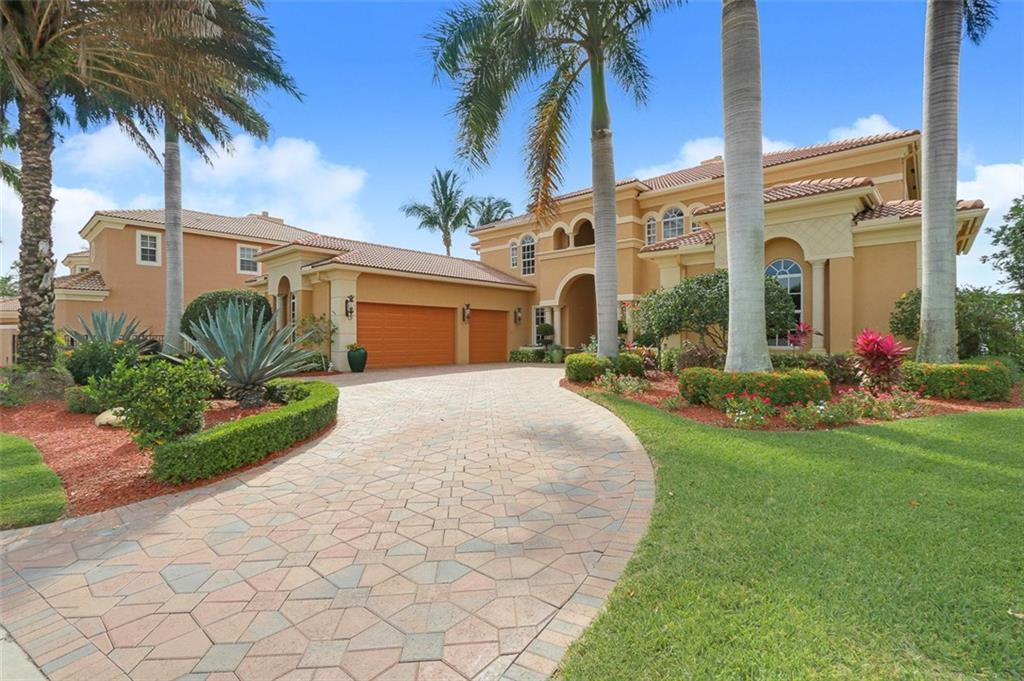 238 SW Palm Cove Drive, Palm City, FL 34990