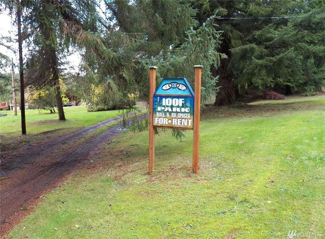 96 S Camano Ridge Rd, Camano Island, WA 98282