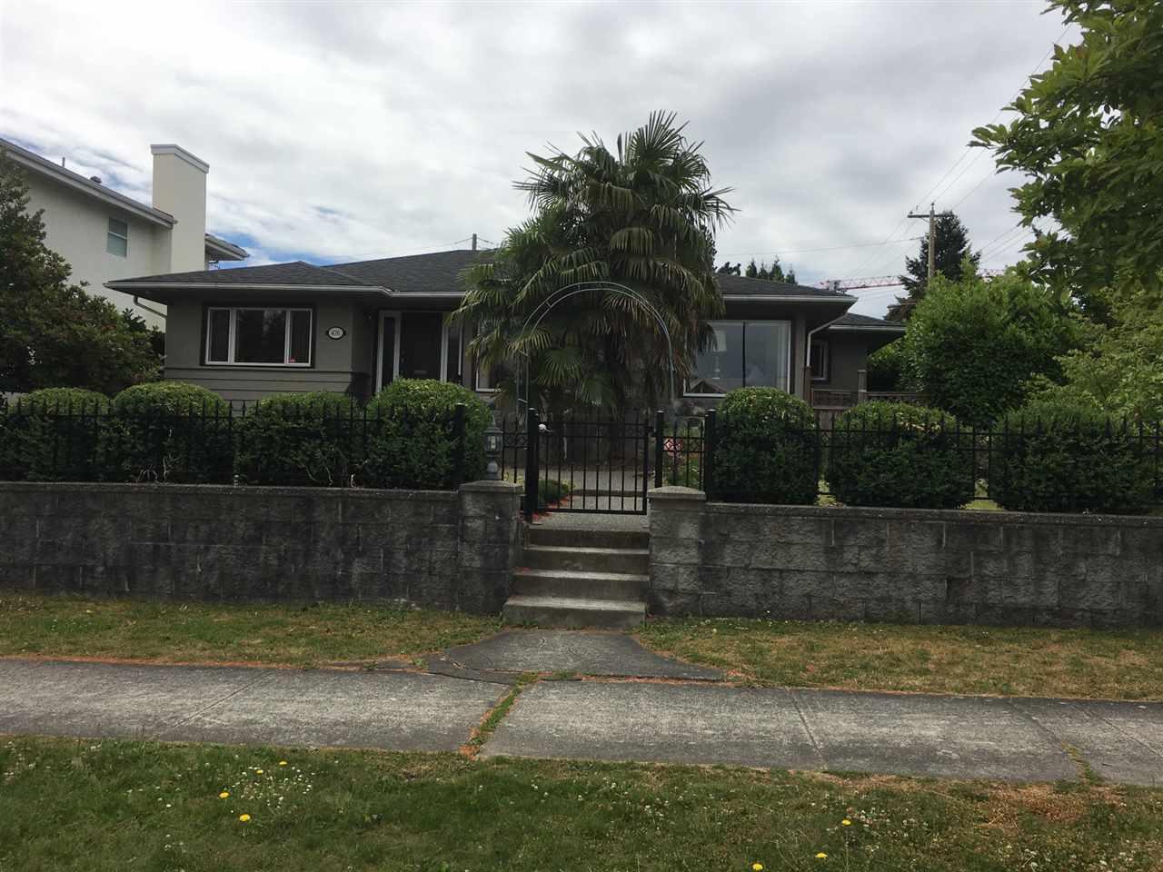 476 W 26TH AVENUE, Vancouver, BC V5Y 2K2