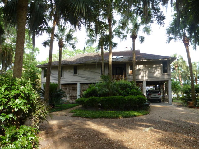 1144 Kittles Island Drive, Darien, GA 31305